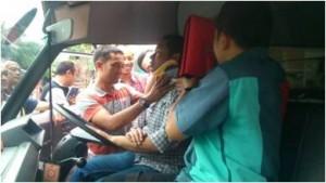 perawatan ambulan 3