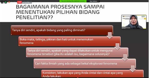 """""""Kegawatdaruratan Medis dalam Penerbangan"""" oleh Ns. Nur Hafizhah Widyaningtyas, S.Kep., M.Kep., Alumni PSMK 2016"""